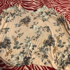 Size 4 pink floral shirt from torrid.